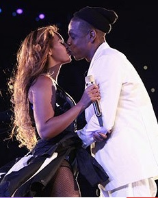 jay and bey kiss